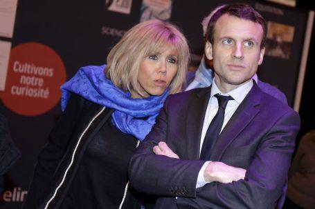 Emmanuel-Macron-et-sa-femme-Brigitte-Trogneux-Le-ministre-de-l-economie-et-des-finances-Emmanuel-M_exact1024x768_l
